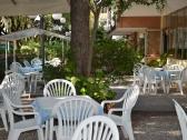 monique-hotel-cervia_giardino_003